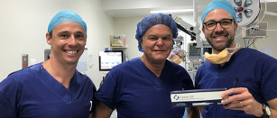 Dr Rick Wolfe performs the first cataract surgery in Australia and NZ using the latest IOL technology